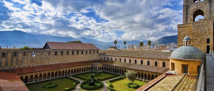 palermo cathedral cloister