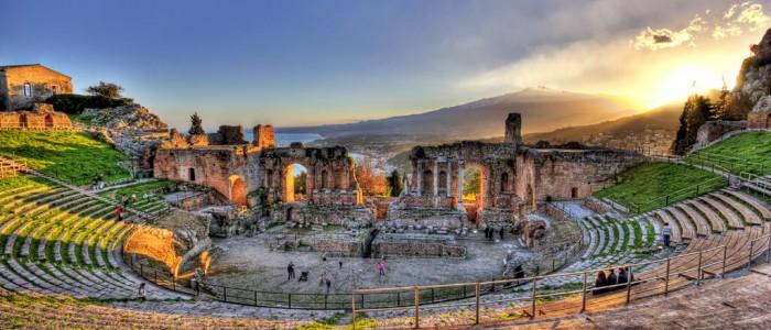 taormina greek theater and etna